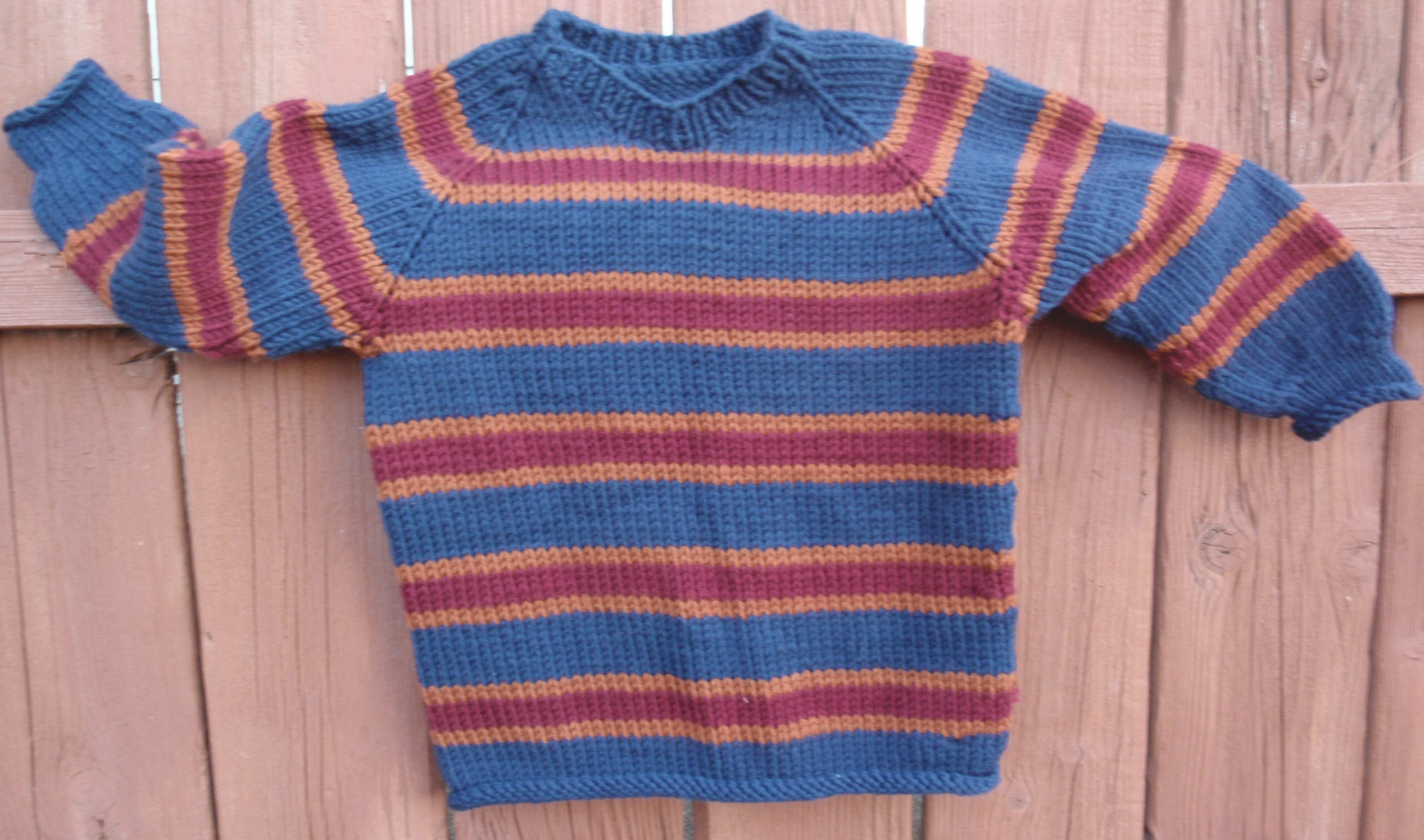 04 Childrens Top Down Raglan Pullover Bulky Egan004 Yarn